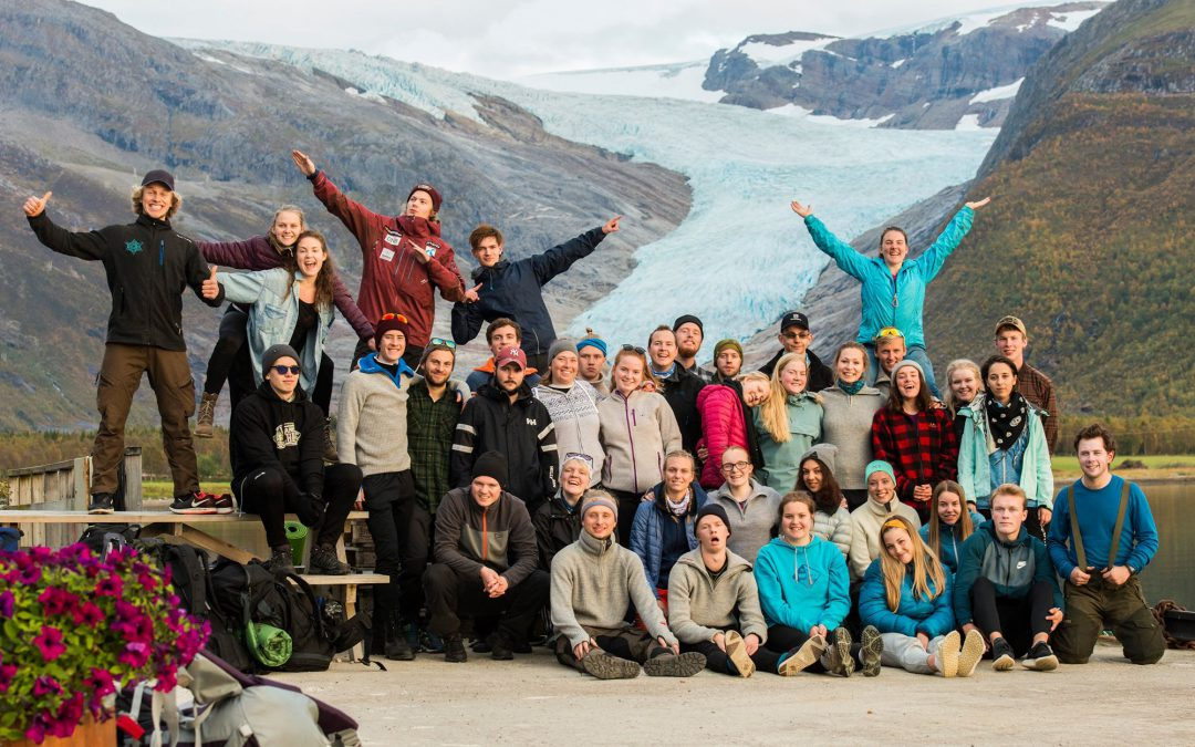 Med vennegjengen på STØTT – Top of Helgeland